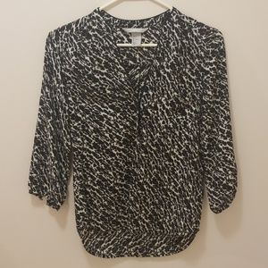 H&M Black and white print blouse